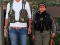 Mitglieder der Sicherheitskräfte Asayish vor dem Sitz der Übergangsregierung von Rojava in der Stadt Amouda etwa 30 Kilometer von Qamishli (Foto: Loesche)