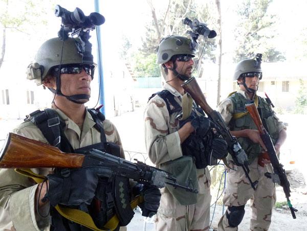 Polizusten der Spezialeinheit der afghanischen Polizei (GDPSU) im Juli 2012 in Kabul (Foto: Loesche)